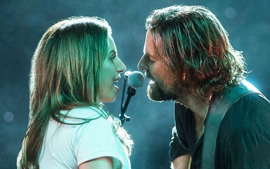 Lady Gaga and Bradley Cooper in 'A Star is Born' (Credit: Warner Bros.)