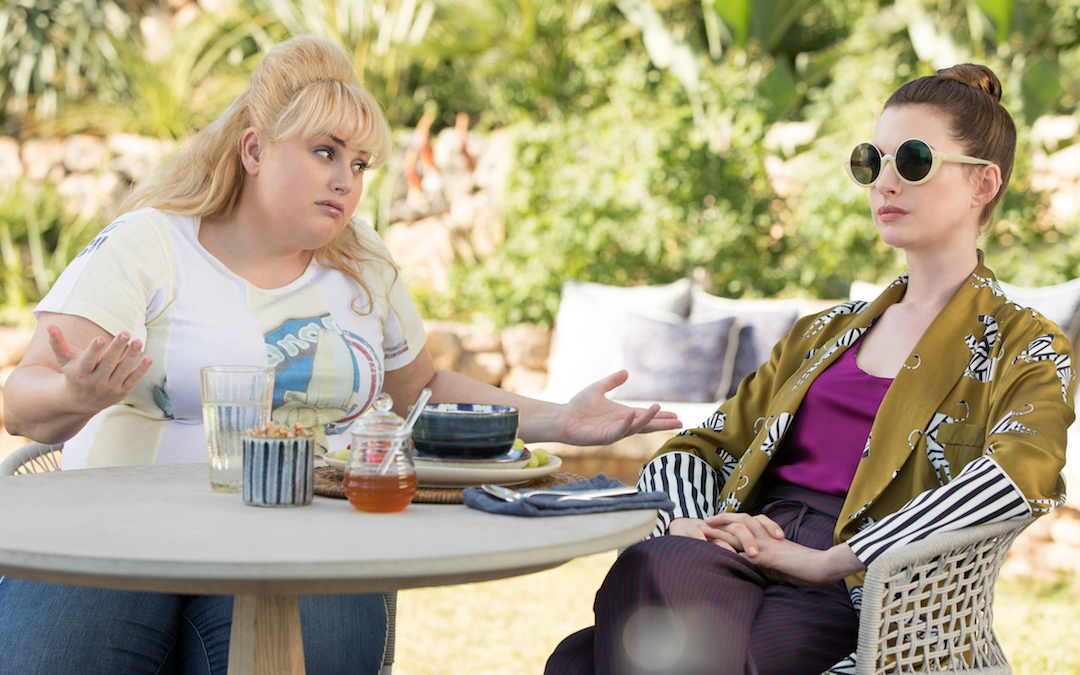 Rebel Wilson stars as Penny Rust and Anne Hathaway as Josephine Chesterfield in THE HUSTLE, a Metro Goldwyn Mayer Pictures film. (Credit: MGM)
